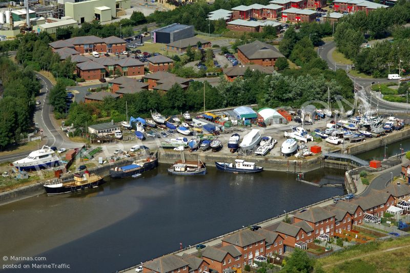 PRESTON BOATYARD