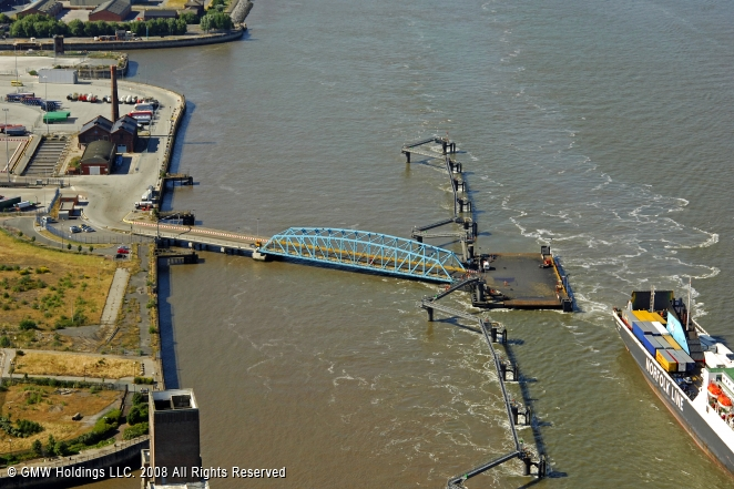Birkenhead United Kingdom  city pictures gallery : Birkenhead Ferry, Liverpool, England, United Kingdom