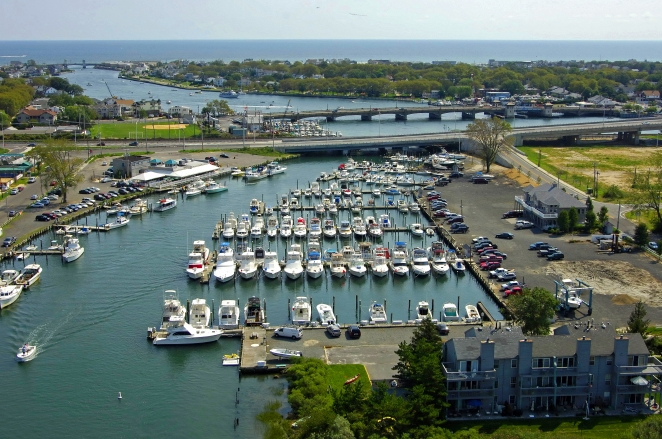 Neptune (NJ) United States  city images : Shark River Yacht Club in Neptune, New Jersey, United States