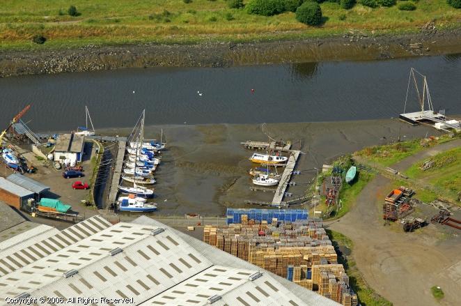 Grangemouth United Kingdom  city pictures gallery : Grangemouth Yacht Club in Grangemouth, Scotland, United Kingdom