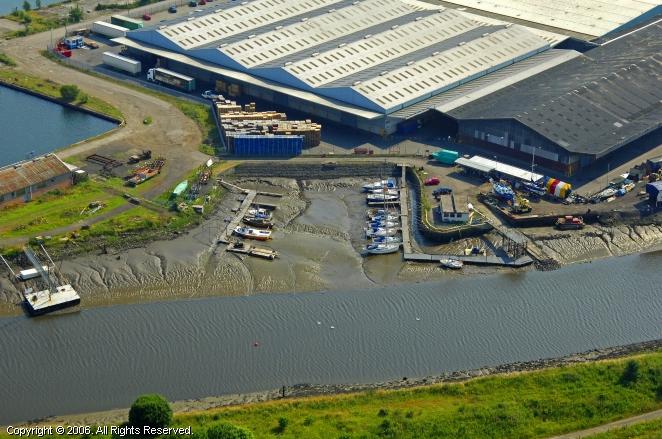 Grangemouth United Kingdom  City pictures : Grangemouth Yacht Club in Grangemouth, Scotland, United Kingdom