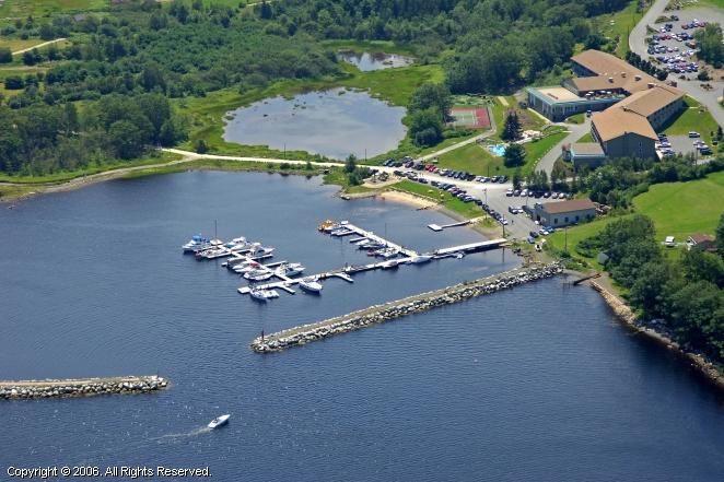 Atlantica Hotel And Marina Oak Island In Western Shore