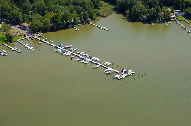 Elkton (MD) United States  city pictures gallery : The Cove Marina in Elkton, Maryland, United States