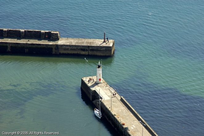 Anstruther West Pier Light