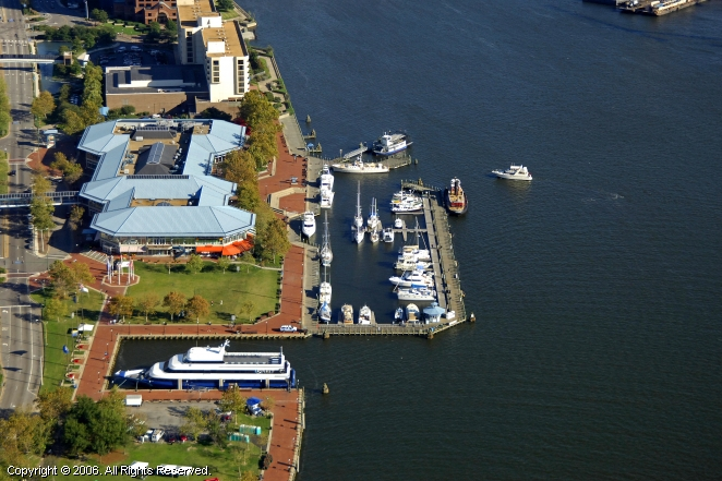 Norfolk (VA) United States  city photos gallery : Waterside Marina in Norfolk, Virginia, United States