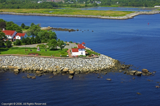 Liverpool (NS) Canada  city photos gallery : Fort Point Lighthouse, Liverpool, Nova Scotia, Canada
