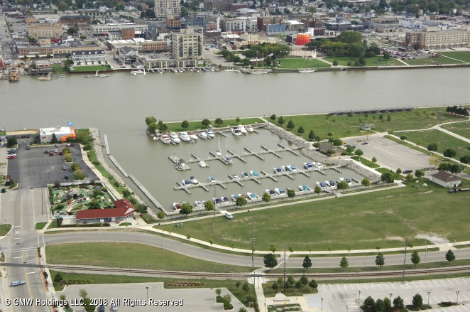 Bay City (MI) United States  city pictures gallery : Liberty Harbor Marina in Bay City, Michigan, United States