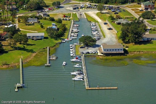 Scotts Hill Marina