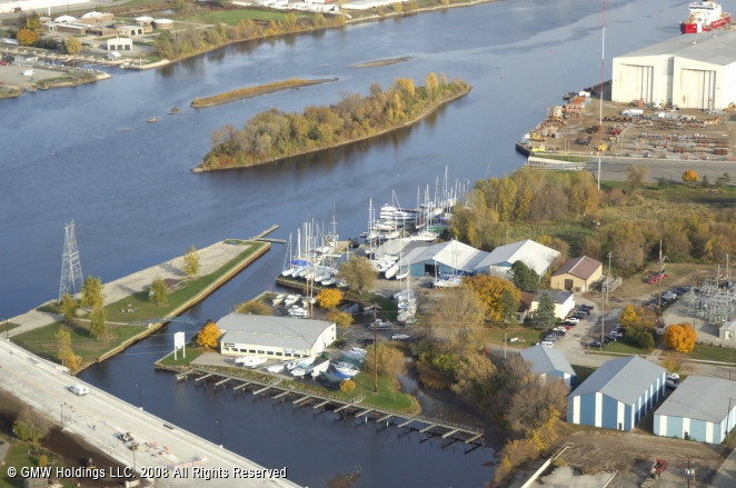 Marinette (WI) United States  city photos gallery : Nestegg Marine in Marinette, Wisconsin, United States