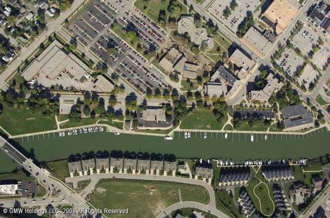 Port Huron (MI) United States  city images : River Street Docks in Port Huron, Michigan, United States