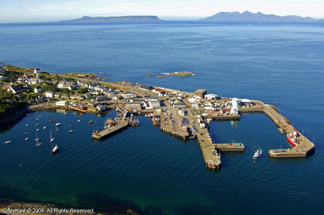 Mallaig United Kingdom  city photo : Mallaig Harbour in Mallaig, Scotland, United Kingdom