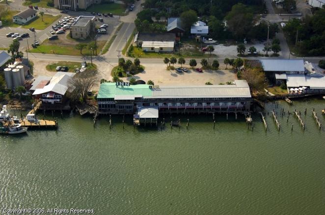 Apalachicola River Inn