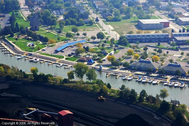 Grand Haven (MI) United States  City new picture : Grand Haven Municipal Marina in Grand Haven, Michigan, United States