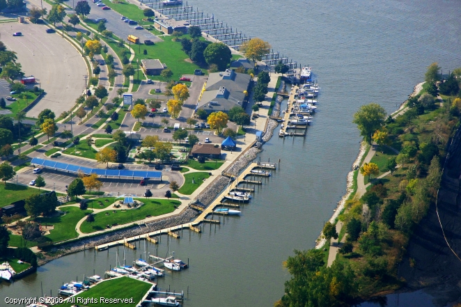 Grand Haven (MI) United States  city pictures gallery : Grand Haven Municipal Marina in Grand Haven, Michigan, United States