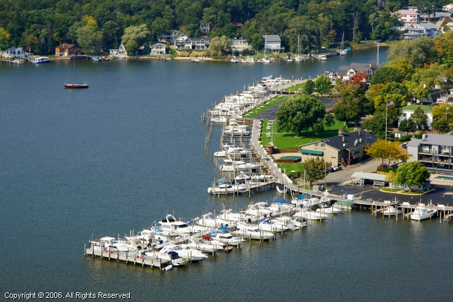 Saugatuck (MI) United States  City new picture : Singapore Yacht Club in Saugatuck, Michigan, United States