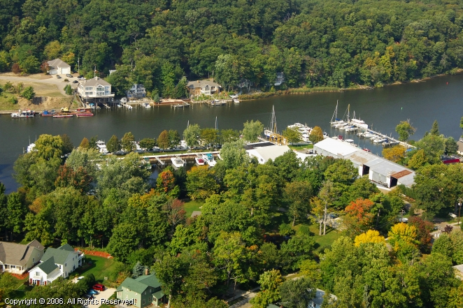 Saugatuck (MI) United States  city pictures gallery : Saugatuck Yacht Service in Saugatuck, Michigan, United States