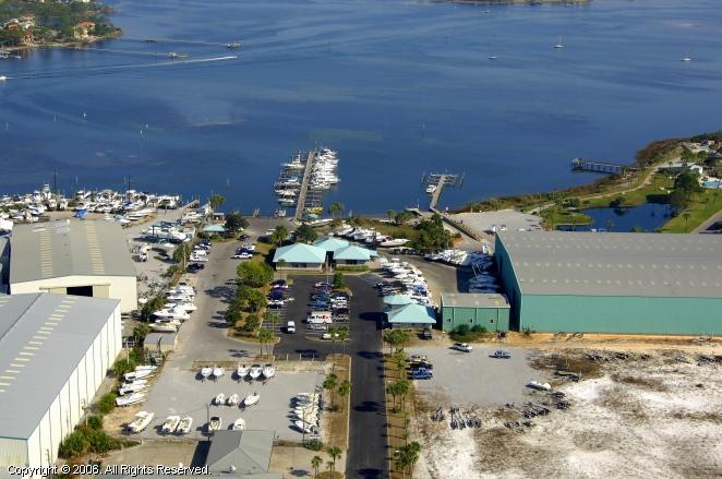 Panama City (FL) United States  city photo : Pirate's Cove Marina in Panama City, Florida, United States