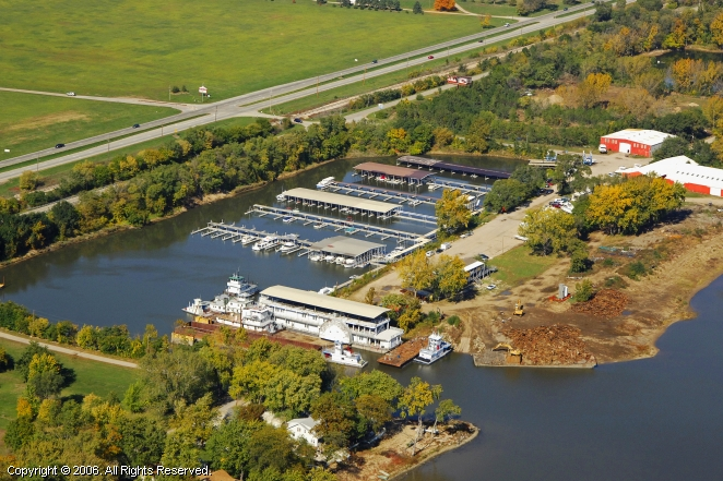 Chillicothe (IL) United States  city images : Where Boaters Come First To Find Slips & Services