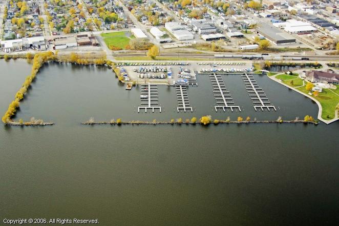 Pioneer Inn Resort & Marina in Oshkosh, Wisconsin, United