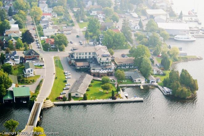 Gananoque (ON) Canada  city pictures gallery : Gananoque Inn in Gananoque, Ontario, Canada