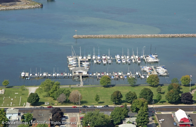 Dunkirk (NY) United States  City new picture : Dunkirk Yacht Club in Dunkirk, New York, United States