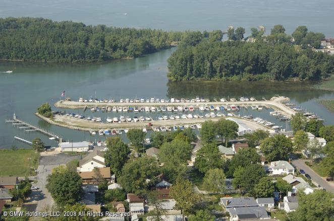 Channel Grove Marina Inc In Lakeside Marblehead Ohio