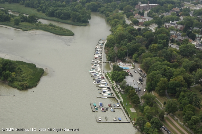 Maumee (OH) United States  city photo : Maumee River Yacht Club in Toledo, Ohio, United States