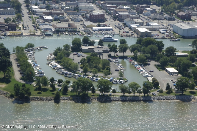 Port Clinton (OH) United States  city pictures gallery : Port Clinton Yacht Club in Port Clinton, Ohio, United States