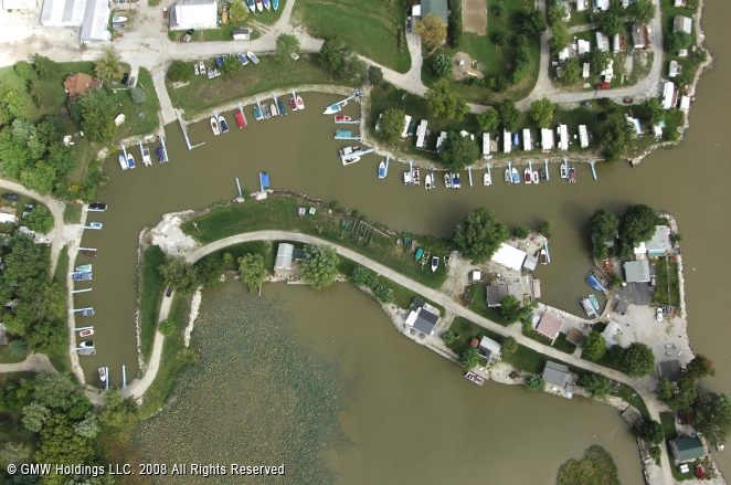 Fremont (IN) United States  City pictures : Riverfront Marina & Campground in Fremont, Ohio, United States