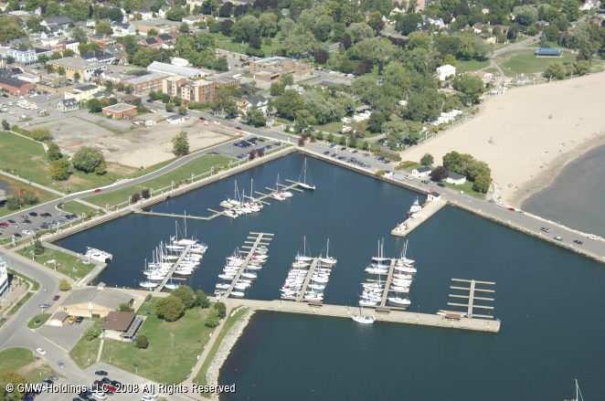 Cobourg (ON) Canada  City pictures : Cobourg Marina in Cobourg, Ontario, Canada