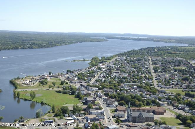 Hawkesbury (ON) Canada  City new picture : Hawkesbury Harbour, Hawkesbury, Ontario, Canada