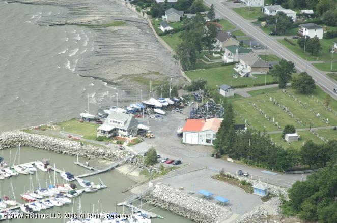 Club nautique vauquelin marina in neuville quebec canada for Club piscine quebec qc