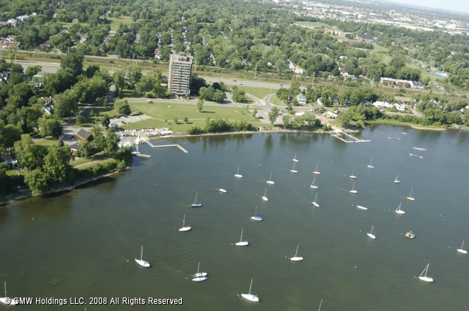Pointe Claire (QC) Canada  city images : Where Boaters Come First To Find Slips & Services