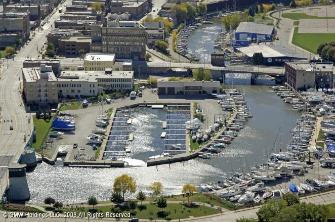 Racine (WI) United States  city photos gallery : ... .com/view/marina/714 Belle Harbor Marina Racine WI United States