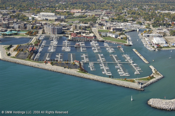 Racine (WI) United States  City new picture : Reefpoint Marina in Racine, Wisconsin, United States