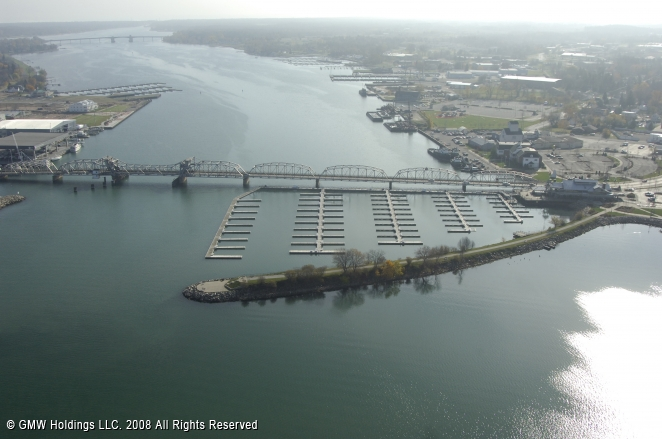 Sturgeon Bay (WI) United States  city photos gallery : Harbor Club Marina in Sturgeon Bay, Wisconsin, United States
