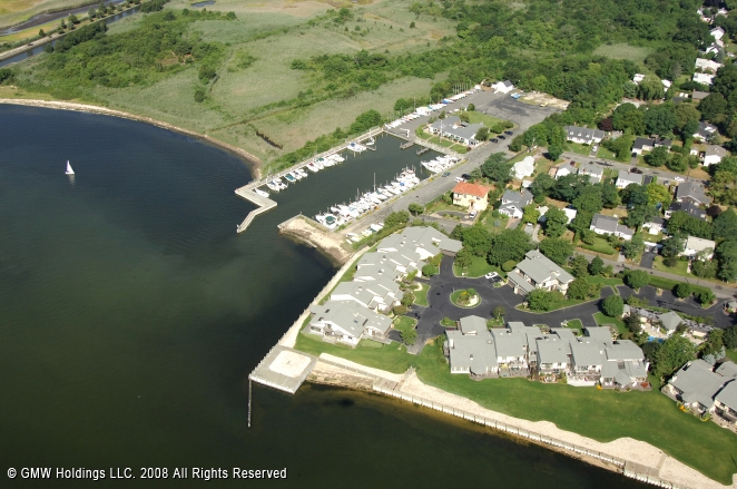 Bay Shore (NY) United States  city pictures gallery : Bay Shore Yacht Club in Bay Shore, New York, United States