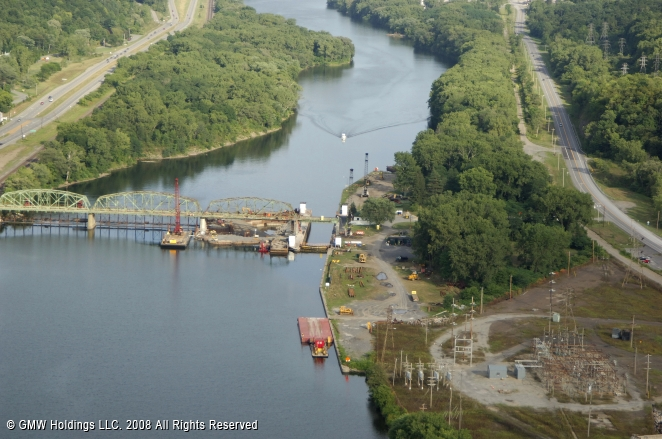Canals In The United States : Erie canal lock cranesville new york united states