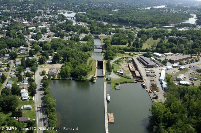 Canals In The United States : Erie canal lock waterford new york united states