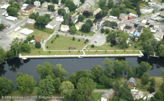 meet fort edward singles Fort edward is a town in washington county, new york, united states the  population was 10,205 at the 2011 census it contains the county seat of  washington.