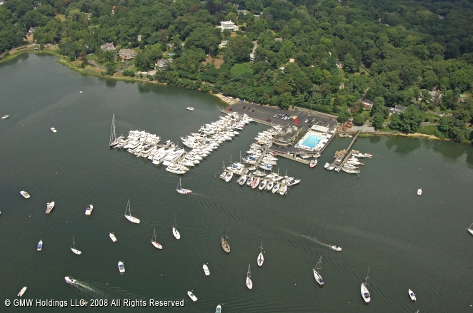 Huntington (NY) United States  City pictures : Huntington Yacht Club in Huntington, New York, United States