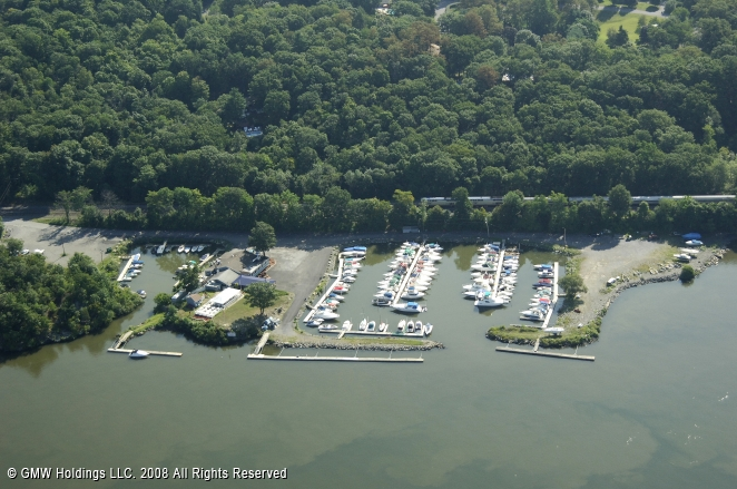 Hyde Park (NY) United States  city images : Hyde Park Marina in Poughkeepsie, New York, United States