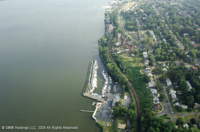 Newburgh (NY) United States  city photos gallery : Newburgh Yacht Club in Newburgh, New York, United States