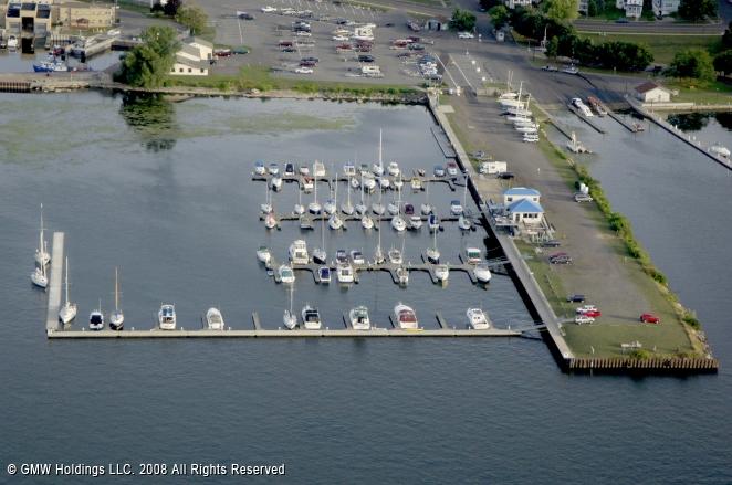Oswego (NY) United States  city photos : Oswego International Marina in Oswego, New York, United States