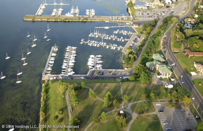 Oswego (NY) United States  city photos : Oswego Yacht Club in Oswego, New York, United States