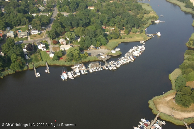 Riverhead (NY) United States  city pictures gallery : Riverside Marina in Riverhead, New York, United States