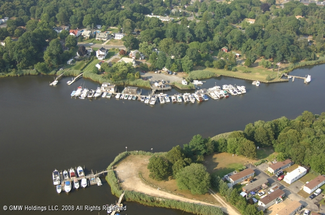 Riverhead (NY) United States  City new picture : Riverside Marina in Riverhead, New York, United States