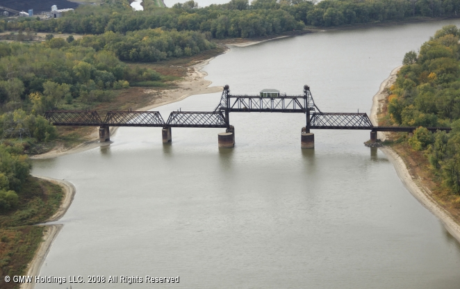 Pekin (IL) United States  City pictures : Chicago and Northwestern RR Bridge, Pekin, Illinois, United States