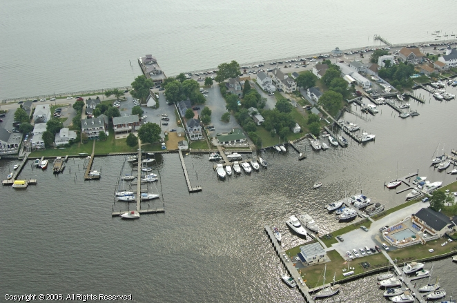 Solomons (MD) United States  city photo : Digiovannis Dock Of The Bay, Solomons, Maryland, United States