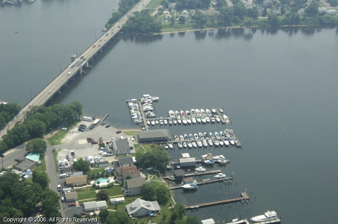 Stoney Creek Bridge Marina